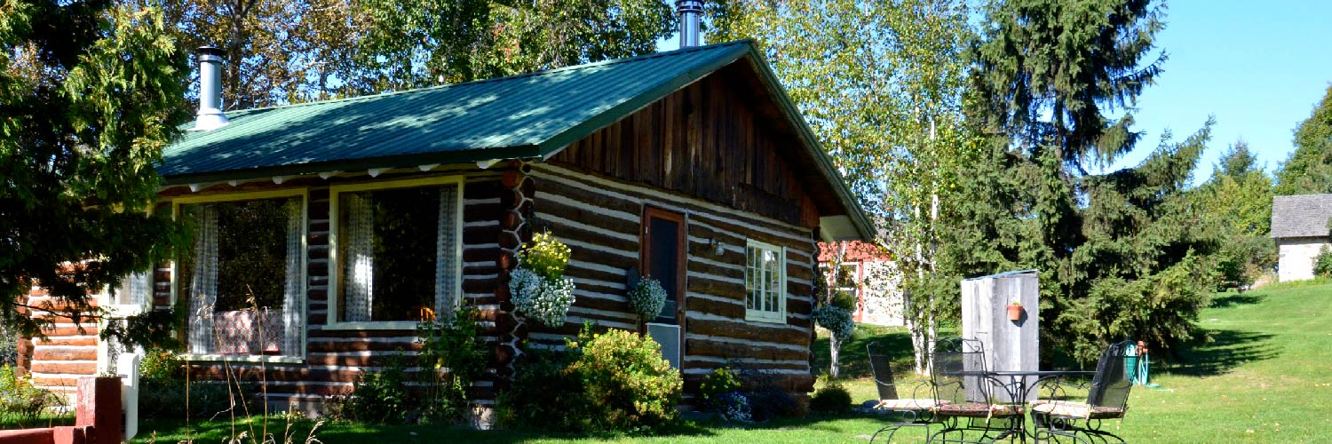 The Log Cabin at Century Farm Cottages